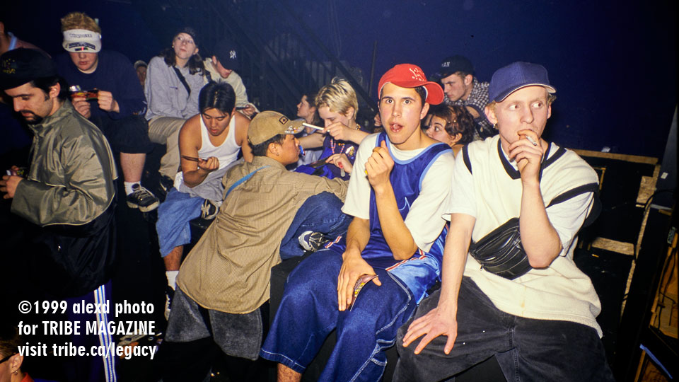 ravers-on-bassbins-1999