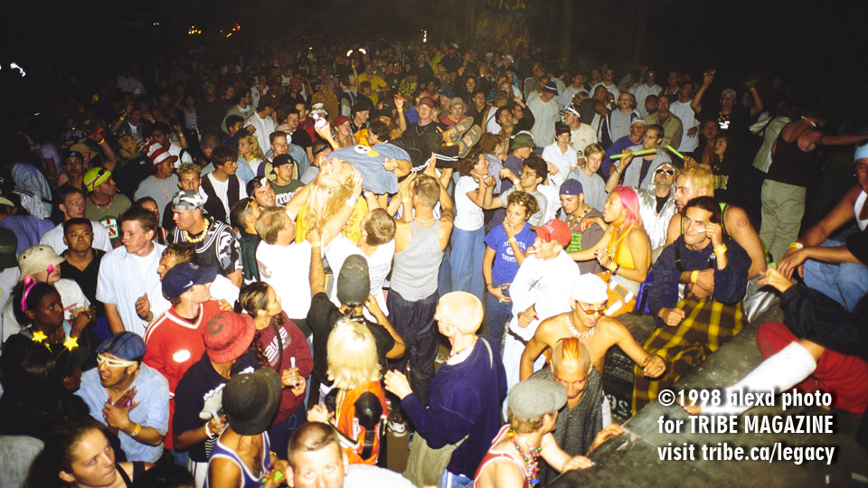 WEMF Christian Island Main Stage Dancefloor 1998