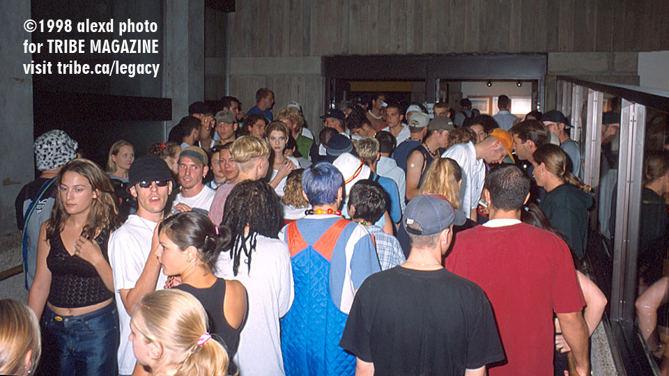 hallway ontario science center rave 1998