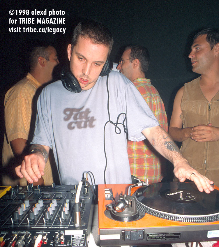 Andrew Weatherall at INDUSTRY Toronto 1998